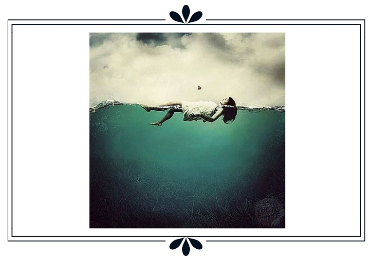 Femme nage photo